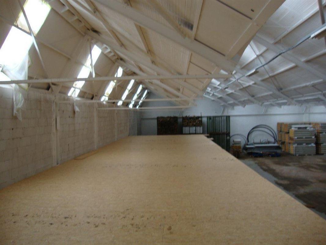 Foto 6 : Bedrijfsgebouwen te 7700 MOESKROEN (België) - Prijs € 3.300