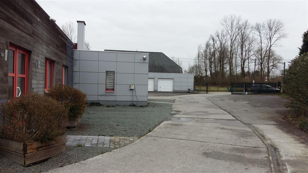 Foto 4 : Magazijn te 9620 OOMBERGEN (België) - Prijs € 780.000