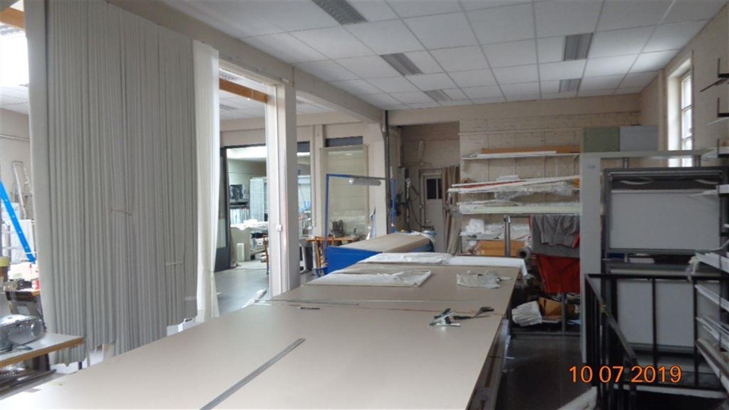 Foto 4 : Commercieel vastgoed te 8500 KORTRIJK (België) - Prijs € 1.175
