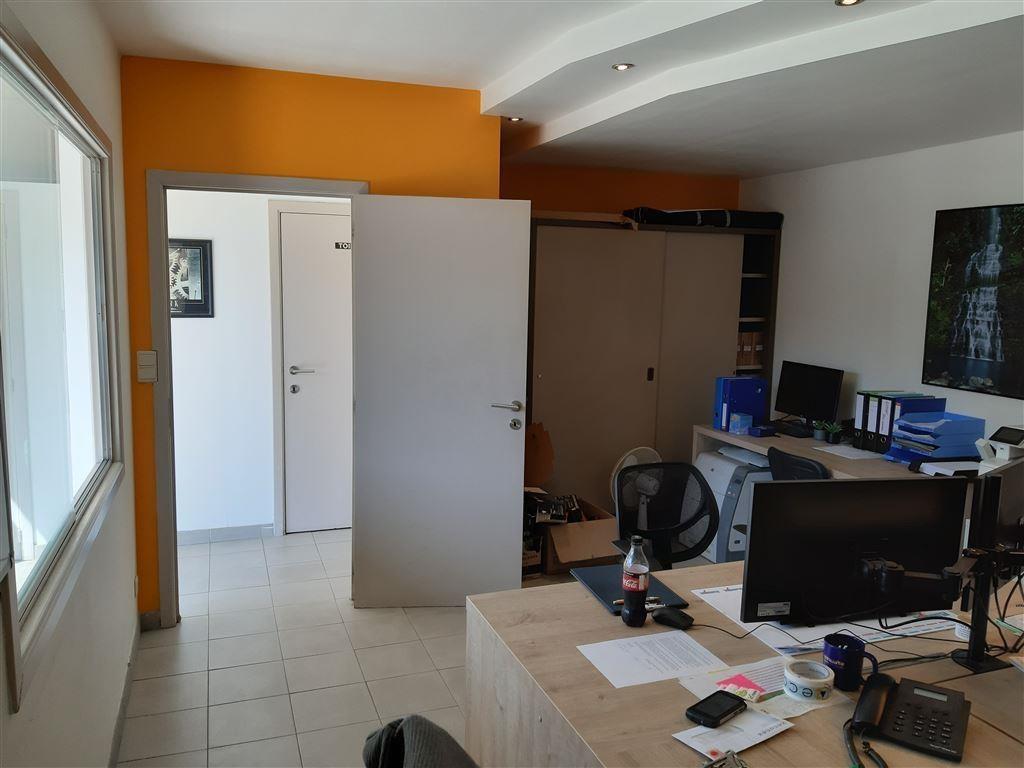 Foto 17 : Bedrijfsgebouwen te 9620 ZOTTEGEM (België) - Prijs € 420.000