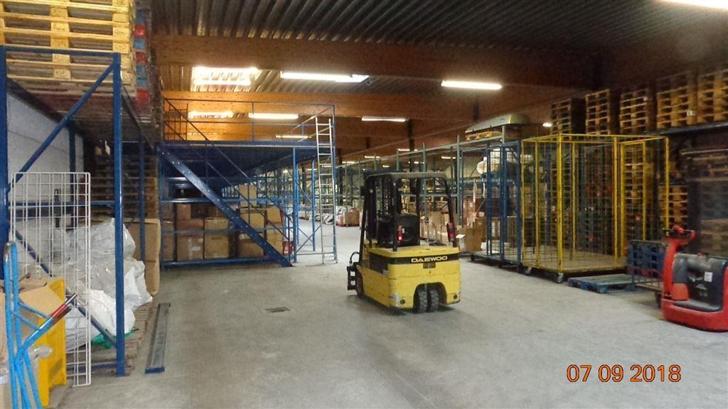 Foto 2 : Magazijn te 8552 MOEN (België) - Prijs € 2.400