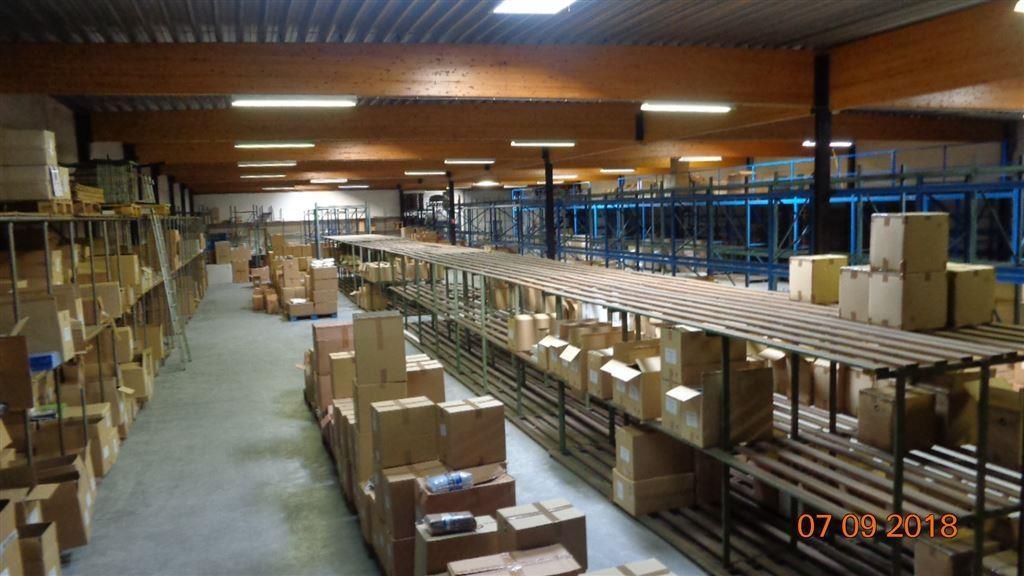Foto 3 : Magazijn te 8552 MOEN (België) - Prijs € 2.400