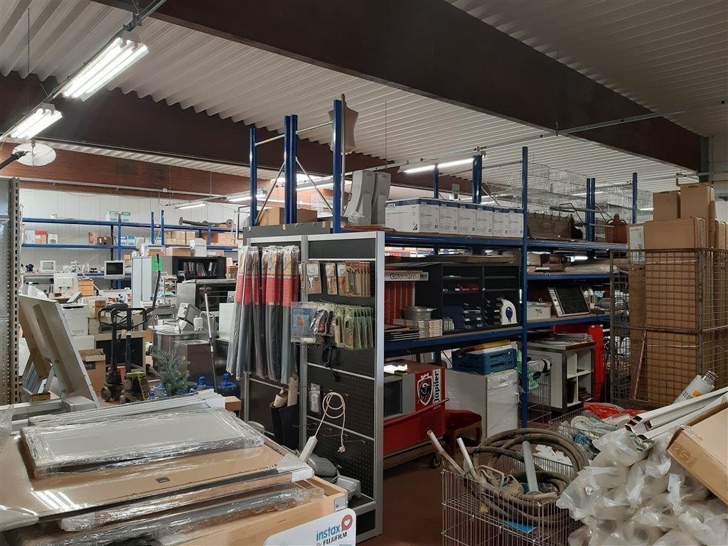 Foto 5 : Bedrijfsgebouwen te 7900 LEUZE-EN-HAINAUT (België) - Prijs € 2.700