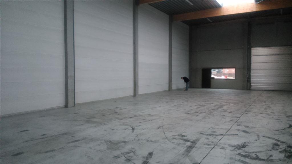 Foto 3 : Magazijn te 9880 AALTER (België) - Prijs € 900
