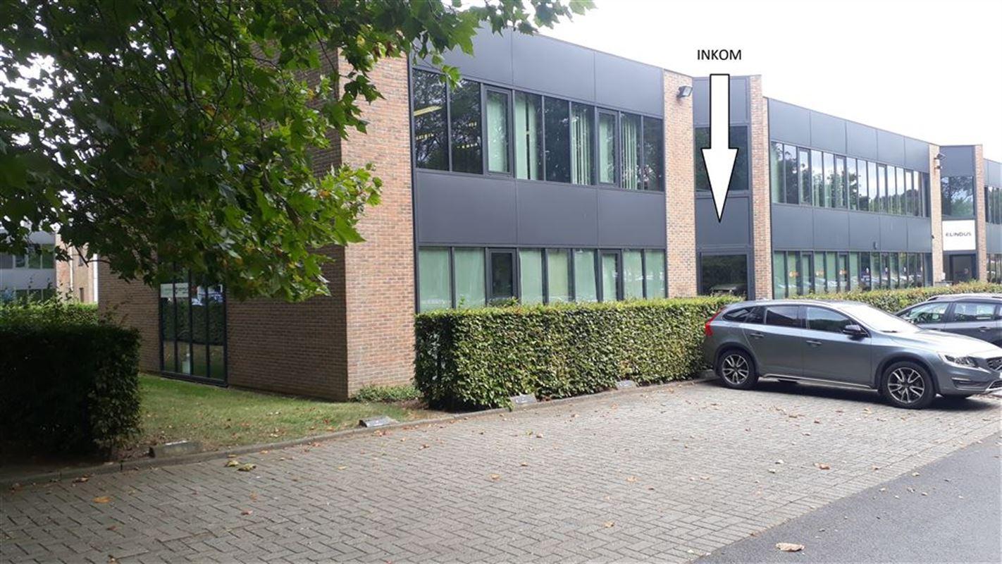 Foto 1 : Burelen te 8500 KORTRIJK (België) - Prijs € 330