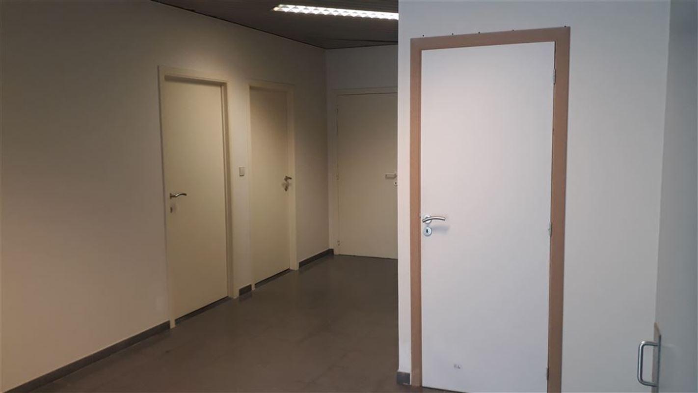 Foto 4 : Burelen te 8500 KORTRIJK (België) - Prijs € 330