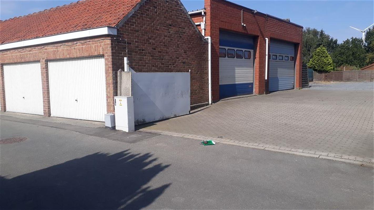 Foto 2 : Magazijn te 8550 ZWEVEGEM (België) - Prijs € 225.000