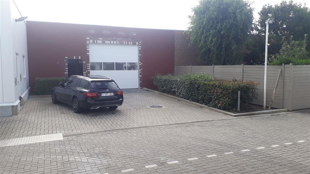 Foto 6 : Garage te 8501 HEULE (België) - Prijs € 95