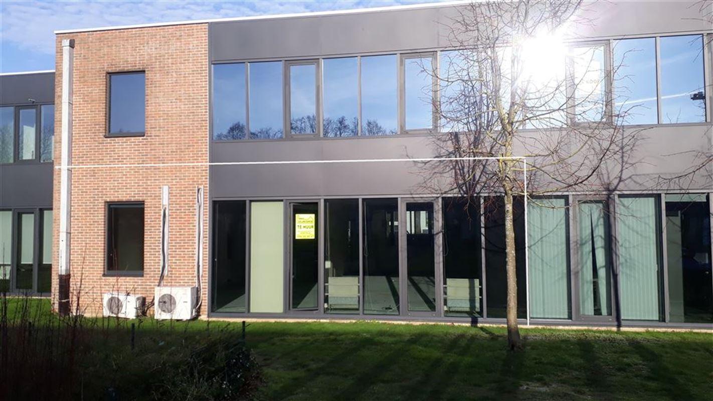 Foto 2 : Burelen te 8500 KORTRIJK (België) - Prijs € 850