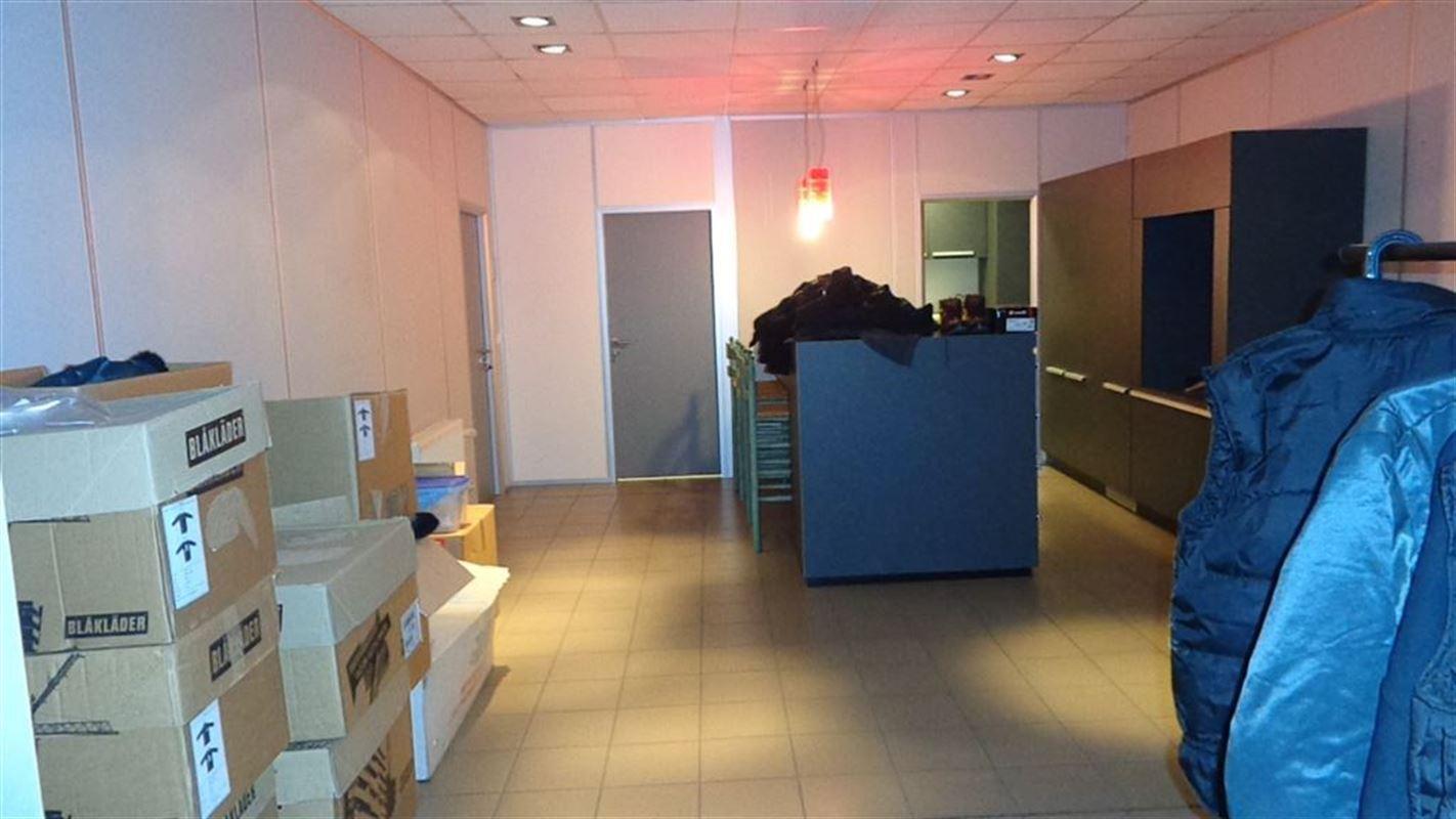 Foto 8 : Magazijn te 8510 MARKE (België) - Prijs € 9.500