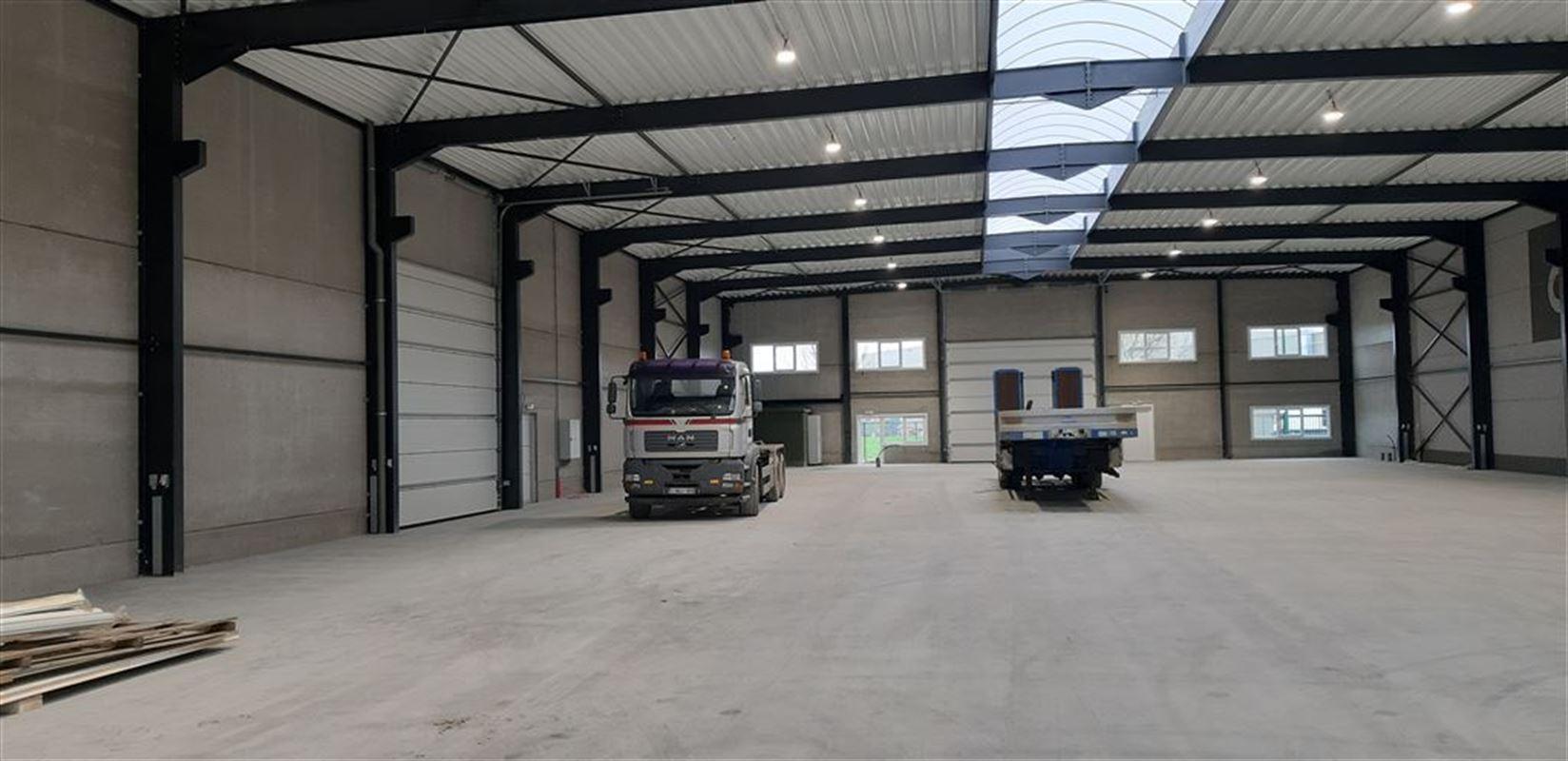 Foto 5 : Bedrijfsgebouwen te 9940 EVERGEM (België) - Prijs € 3.264