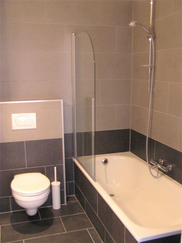 Foto 8 : Appartement te 1210 SINT-JOOST-TEN-NODE (België) - Prijs € 875