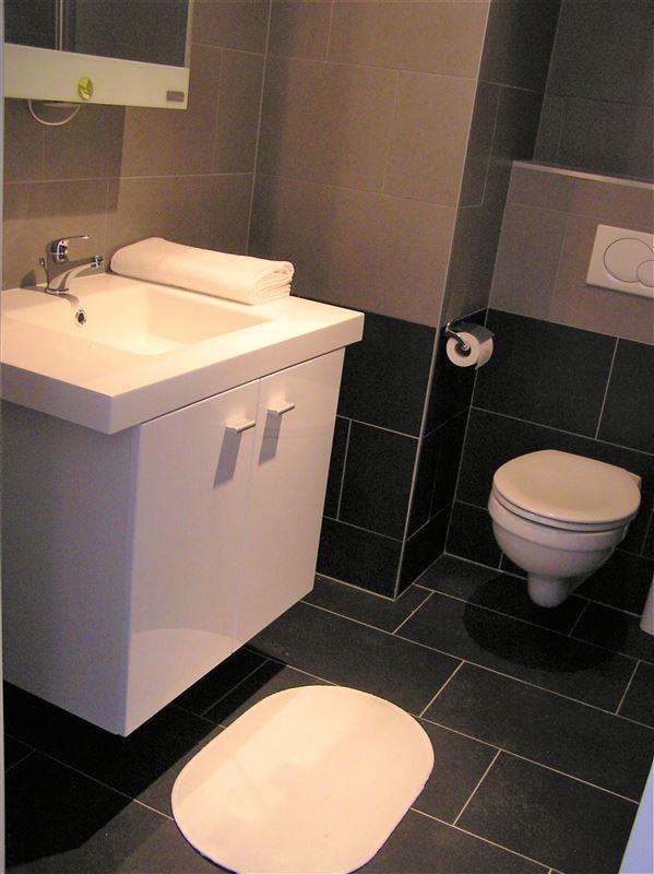Foto 9 : Appartement te 1210 SINT-JOOST-TEN-NODE (België) - Prijs € 875