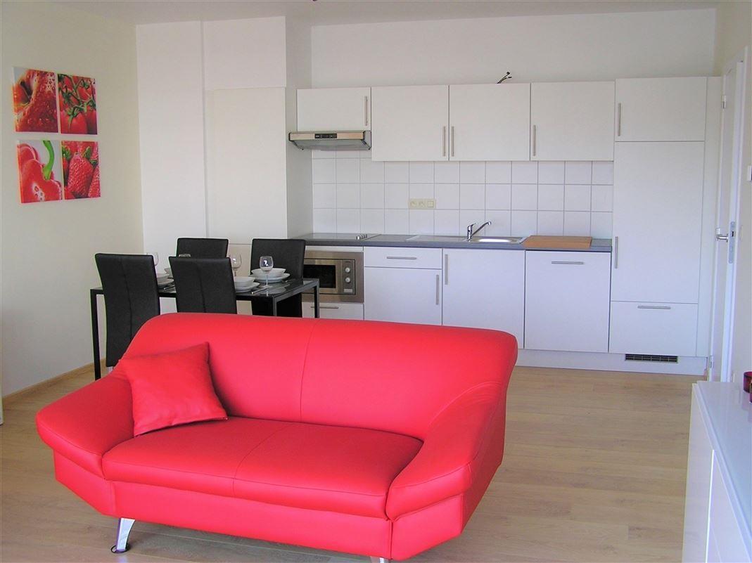 Foto 2 : Appartement te 1210 SINT-JOOST-TEN-NODE (België) - Prijs € 800