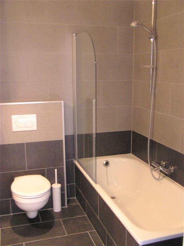 Foto 5 : Appartement te 1210 SINT-JOOST-TEN-NODE (België) - Prijs € 800