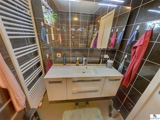 Foto 12 : gelijkvloers appartement te 9160 LOKEREN (België) - Prijs € 275.000