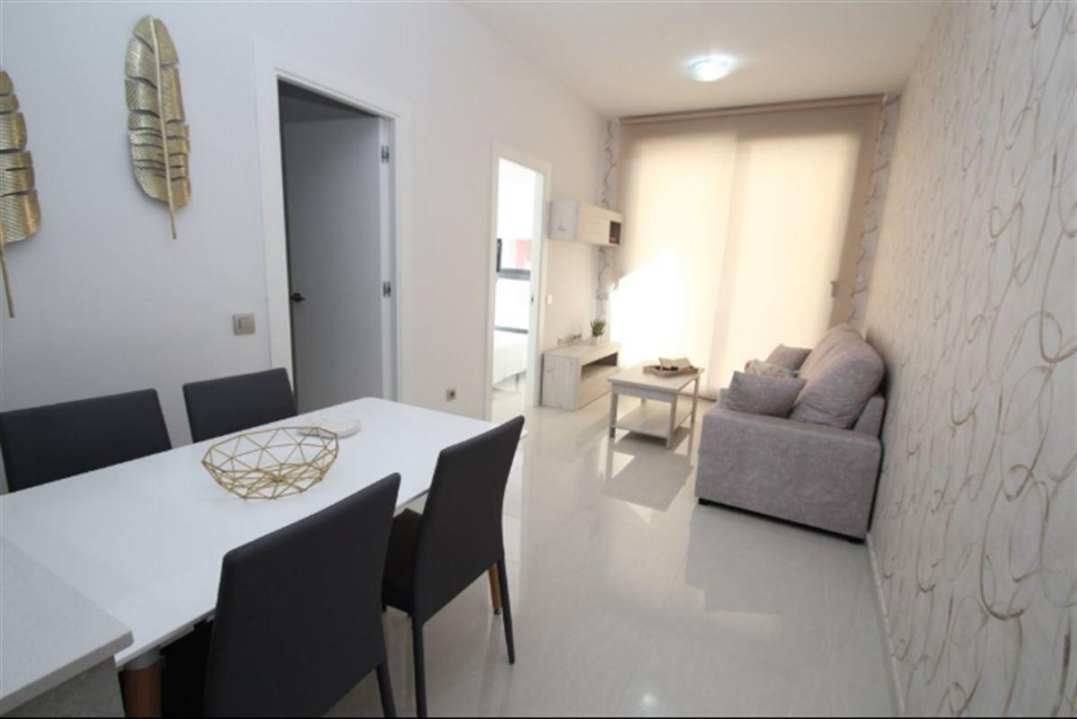 Image 3 : Appartement à  TORREVIEJA (Espagne) - Prix 109.900 €