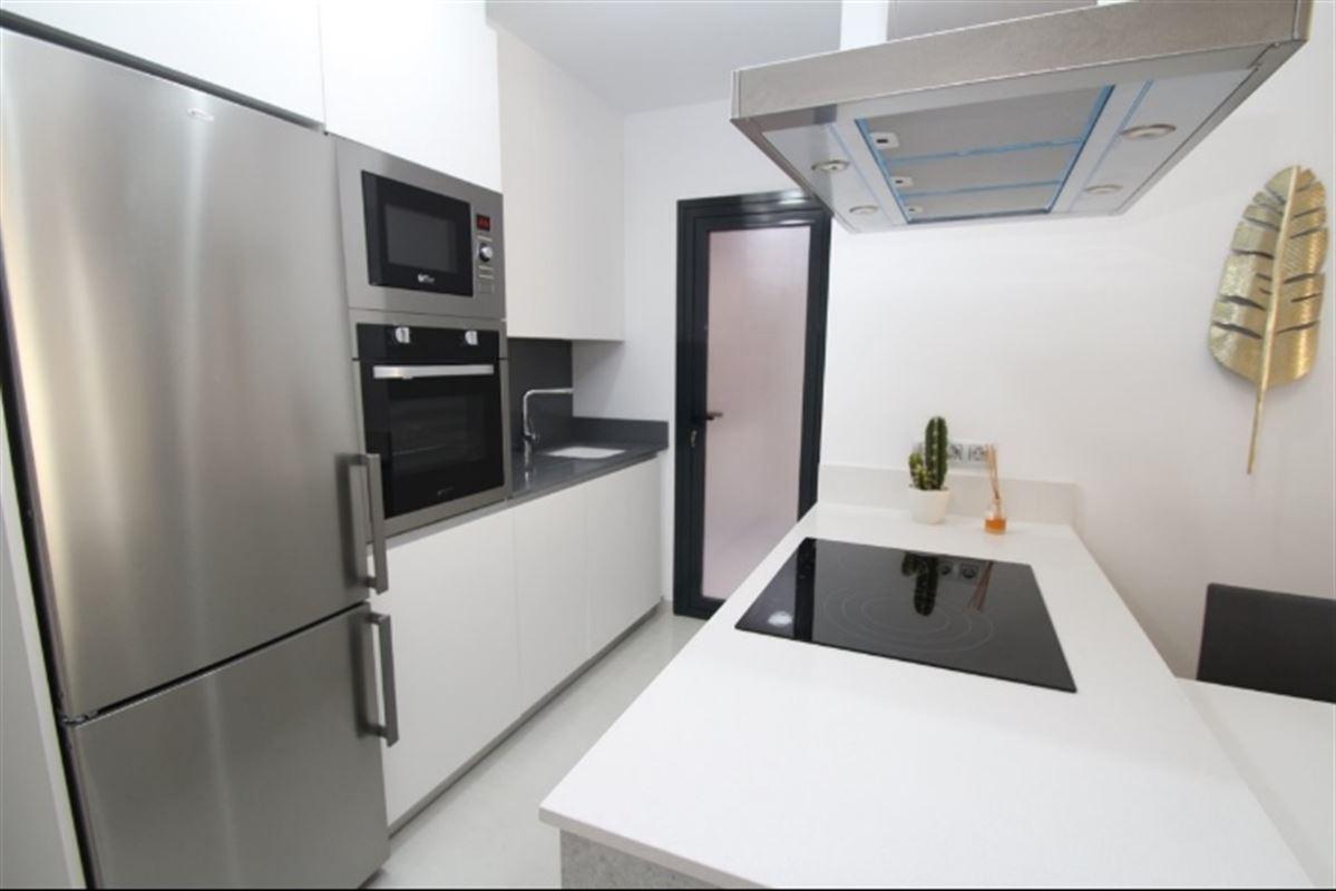 Image 7 : Appartement à  TORREVIEJA (Espagne) - Prix 109.900 €