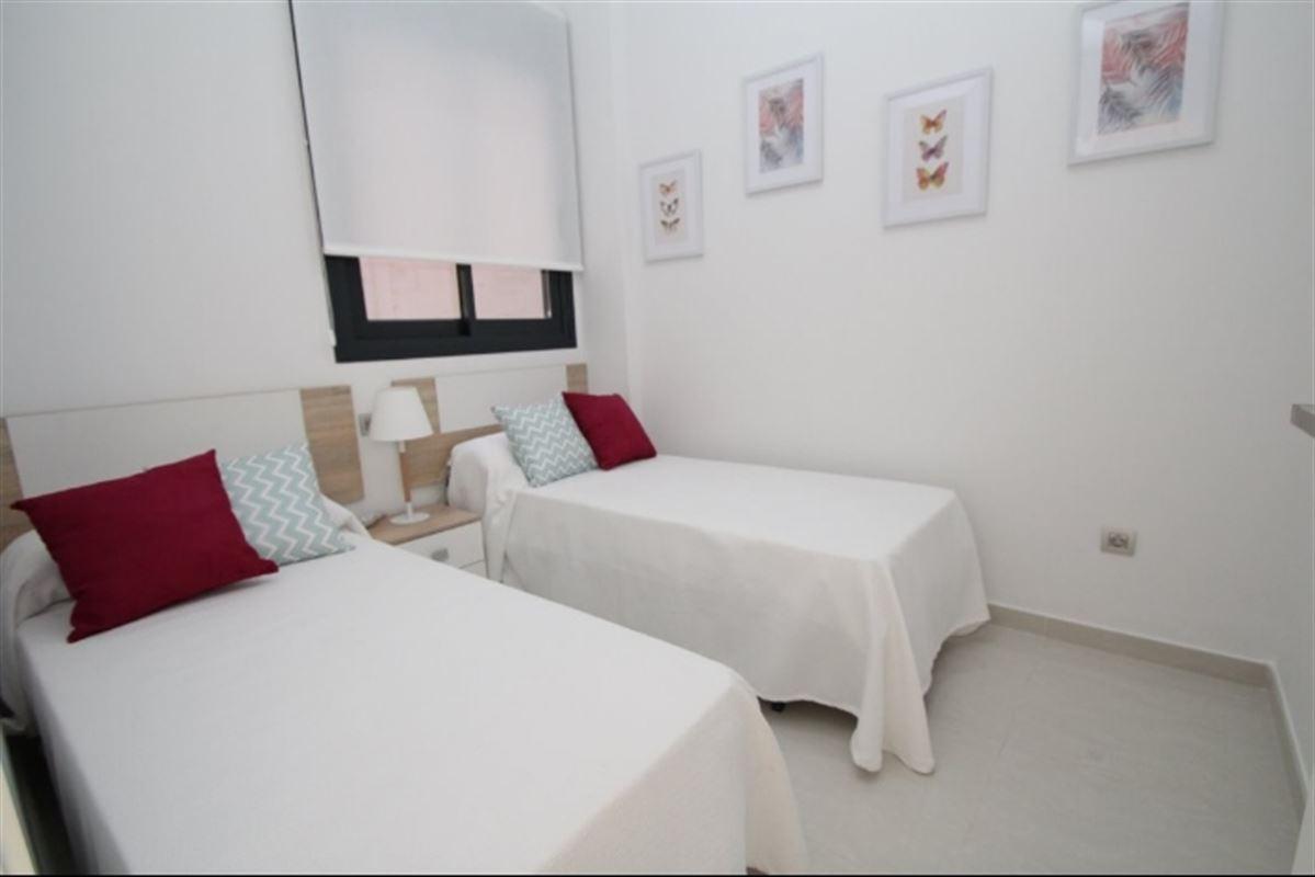 Image 12 : Appartement à  TORREVIEJA (Espagne) - Prix 109.900 €