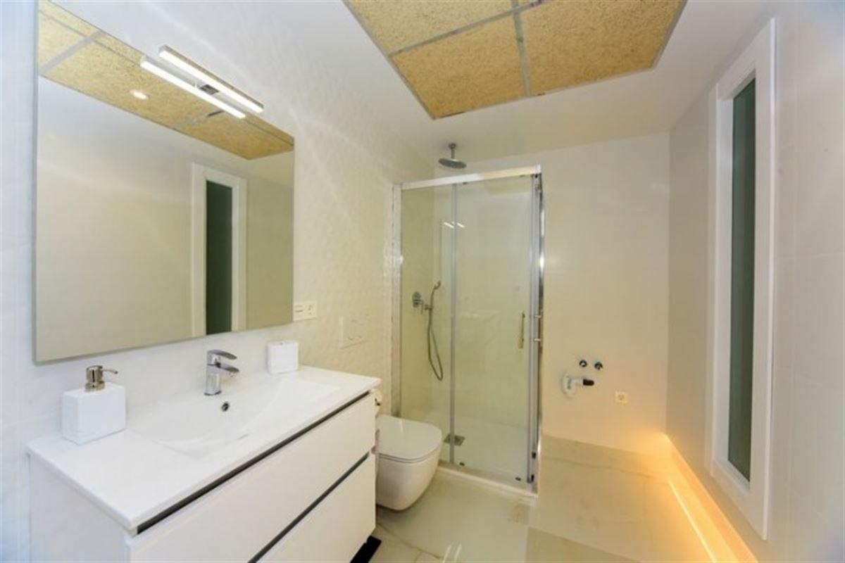 Image 23 : Villa à  TORREVIEJA (Espagne) - Prix 369.000 €