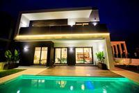 Image 4 : Villa à  TORREVIEJA (Espagne) - Prix 369.000 €