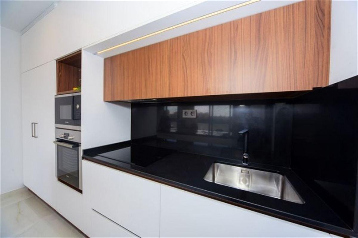 Image 16 : Villa à  TORREVIEJA (Espagne) - Prix 369.000 €