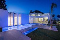 Image 19 : Villa à  LA ZENIA (Espagne) - Prix 1.590.000 €