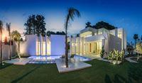 Image 20 : Villa à  LA ZENIA (Espagne) - Prix 1.590.000 €