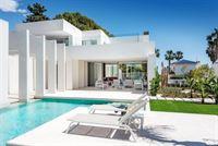 Image 4 : Villa à  LA ZENIA (Espagne) - Prix 1.590.000 €