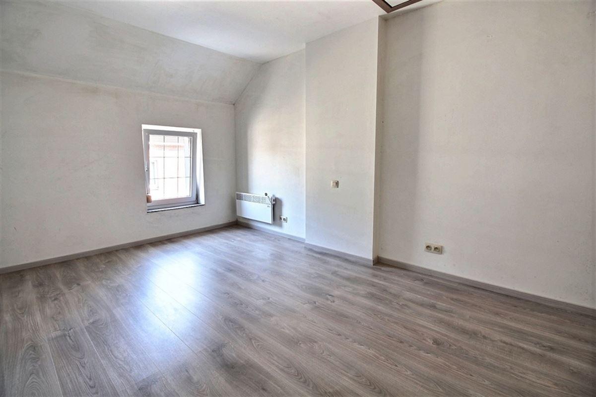 Image 6 : Maison villageoise à 5650 FRAIRE (Belgique) - Prix 125.000 €