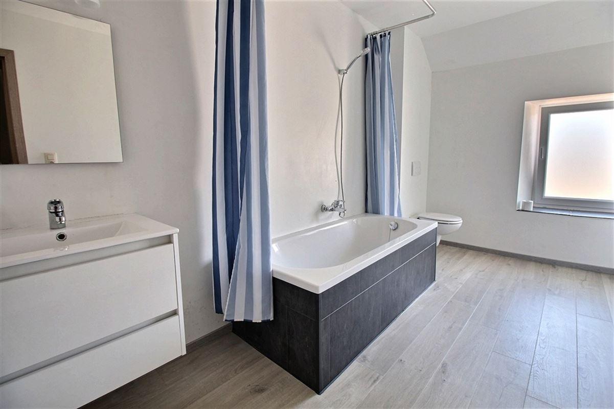 Image 7 : Maison villageoise à 5650 FRAIRE (Belgique) - Prix 125.000 €