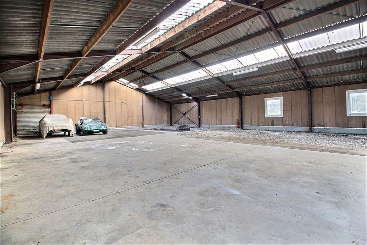 Image 2 : Entrepôt à 5370 HAVELANGE (Belgique) - Prix 700 €
