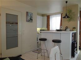 Res. Panorama B 0602 - Zonnige penthouse met 2 slaapkamers en groot terras - Inkomhal - Toilet - Berging - Living met open keuken - Ruim zonneterras v...
