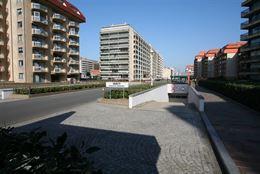 Garagecomplex Franslaan G 2083 - Gelegen op niveau -2 - Afgesloten garagebox in volle eigendom - Afmetingen 2,88 x 5,65 m...
