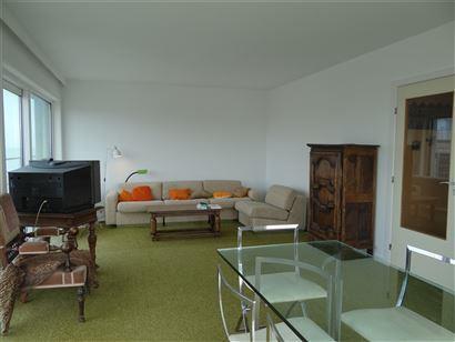 Res. Sun Beach II  0801 - Appartement lumineux avec 2 chambres à coucher - Vue latérale sur mer - Situé au 8ième étage - Séjour ensoleillé - Te...