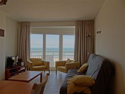 Res. Marjolaine 0701 - Gezellig appartement met slaapkamer en binnenslaapkamer - Zeezicht van op de vierde verdieping in een kleinschalige residentie ...