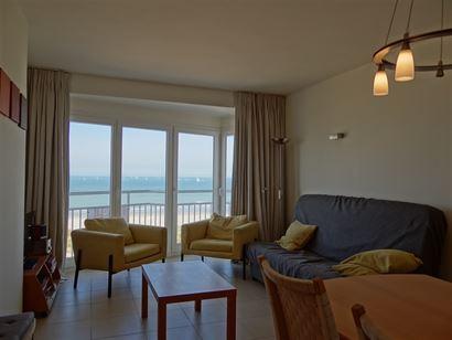 Res. Marjolaine 0701 - Appartement avec 2 chambres à coucher dans une petite résidence sur la digue (un appartement par étage) - Hall - w.c. - Sall...