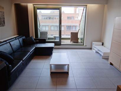 GEMEUBELD APPARTEMENT TE HUUR OP JAARBASIS - ruime living met ingerichte keuken - ingerichte badkamer met ligbad en douche - slaapkamer met bed 1x2 - ...