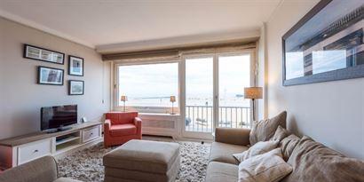 Res. Riva Bella  0103 - Instapklaar ruim appartement met 2 slaapkamers - Gelegen op de eerste verdieping op de Zeedijk in Nieuwpoort tussen Hendrikapl...
