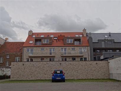 NEPTUNUS PARKING 9 - Open parkeerplaats op afgesloten binnenplaats - Nieuwbouw - Centrale ligging in Nieuwpoort-Stad (zijstraat van de Kaai) - Afmetin...