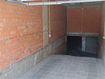 Res. Zonneschijn - Parking 23 - Parking op niveau -1 gelegen in de Franslaan - Centrale ligging...
