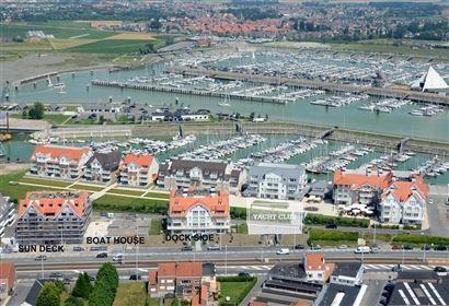 Res. Yacht Club 0103 - Appartement met 3 slaapkamers gelegen op de eerste verdieping langsheen de Albert I laan te Nieuwpoort bad Inkomhal met apart ...