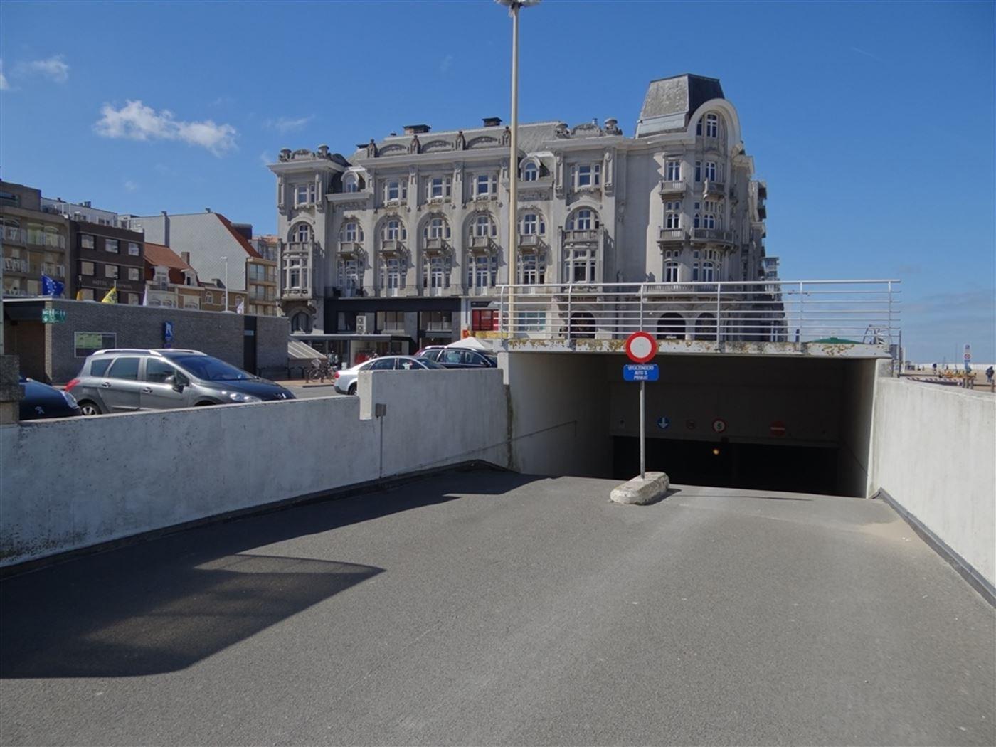 Hendrikaplein garage 180 - Gelegen op het niveau -2 - Afm. 2m85 x 5m35 - Volle eigendom...