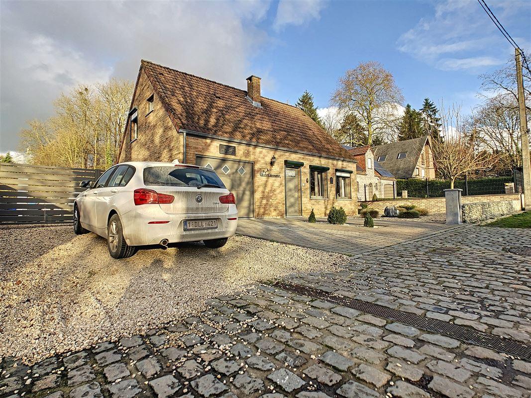 <br /><br />Charmante villa 4 façades située dans le coin le plus prisé et le [..]