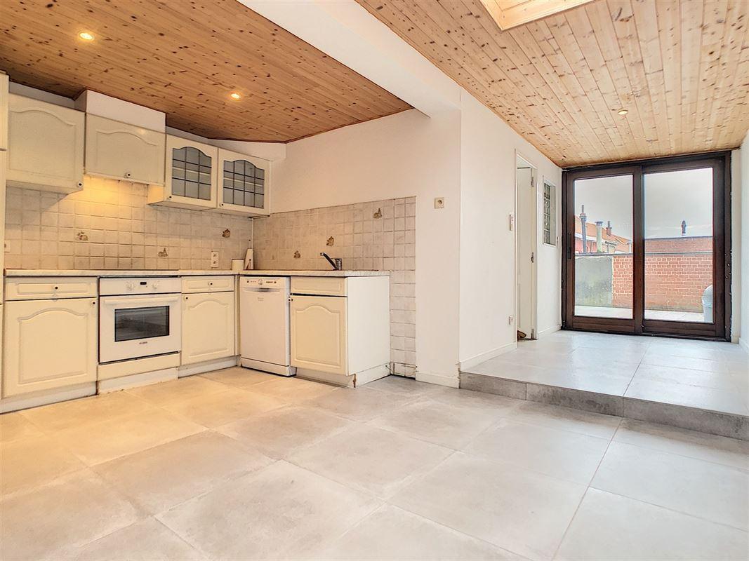 Belle habitation en très bon état située à Mouscron<br />Au [..]
