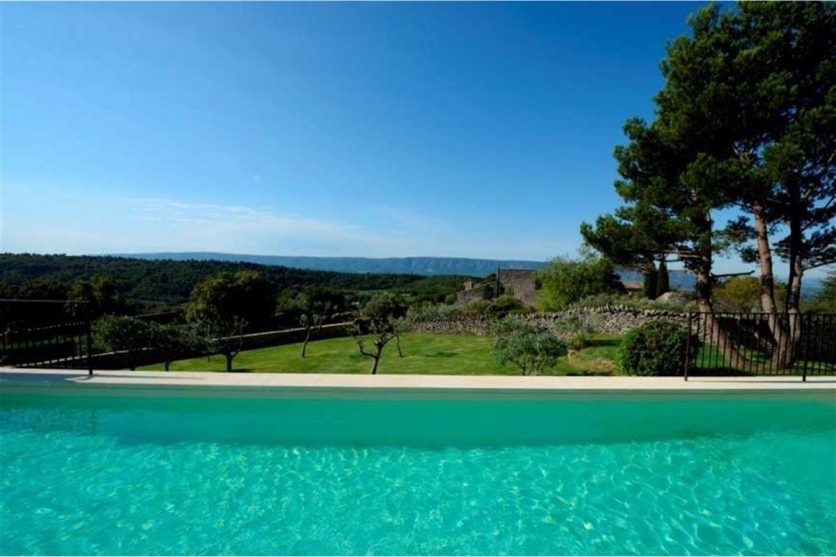 Villa d'exceptionoffrant une vue dominante à 280° sur les chaînes du [..]