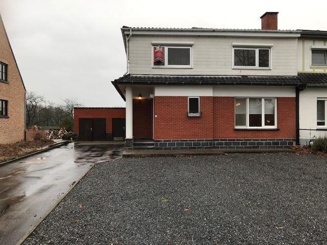 Half-open bebouwing te 3840 BORGLOON (België) - Prijs