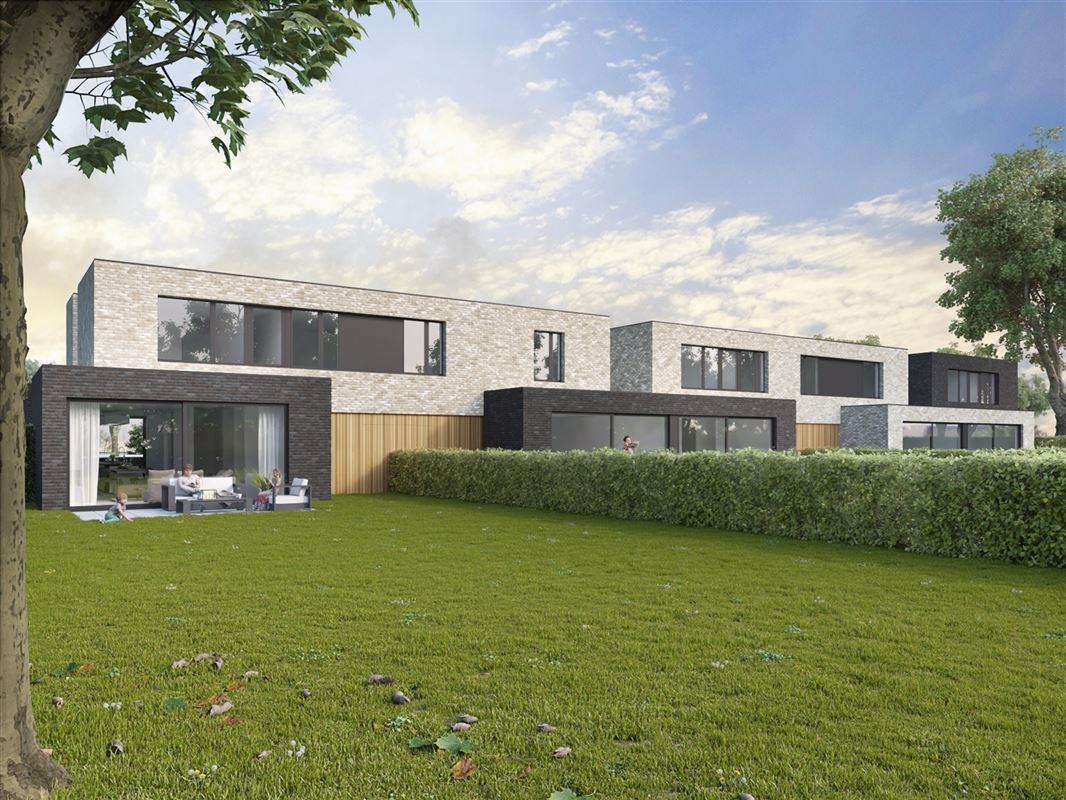 Foto 2 : Half-open bebouwing te 3800 BEVINGEN (België) - Prijs € 290.000