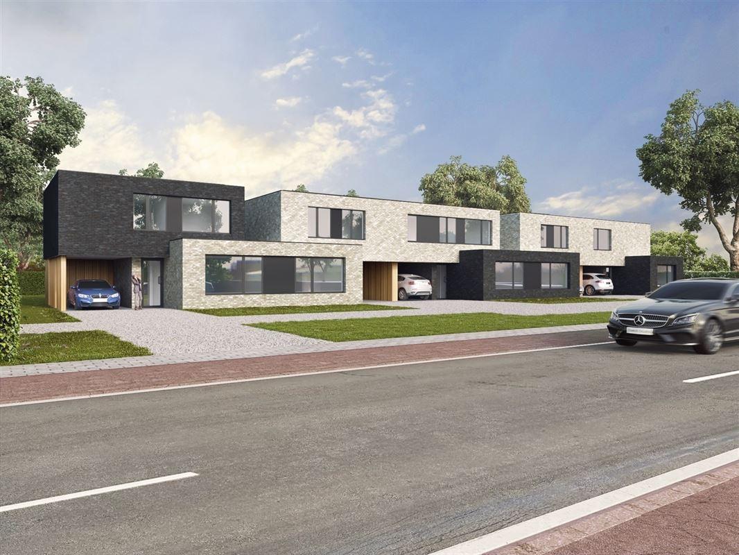 Foto 1 : Half-open bebouwing te 3800 BEVINGEN (België) - Prijs € 295.000