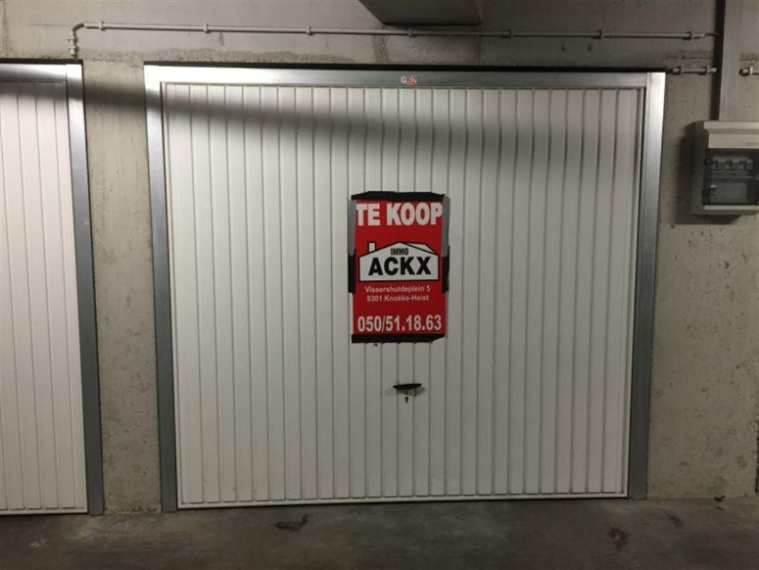 Foto 1 : Parking/Garagebox te 8301 HEIST-AAN-ZEE (België) - Prijs € 49.000